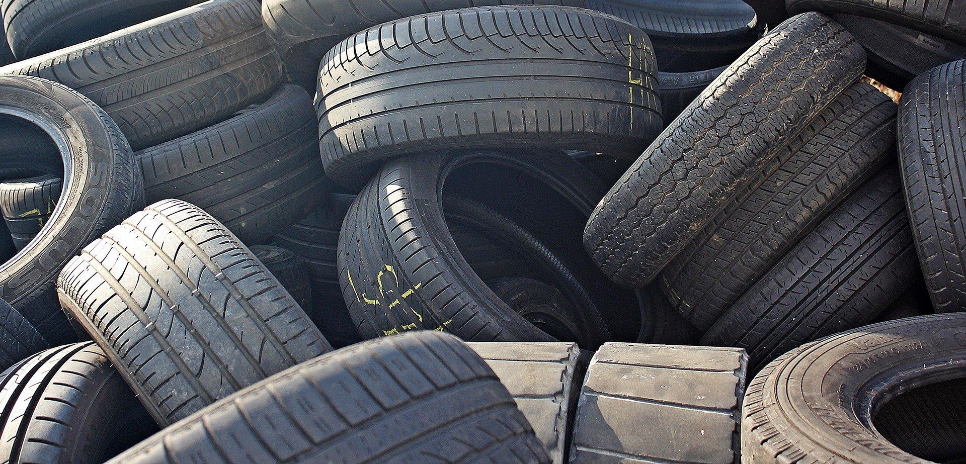 Settore ecologia: smaltimento pneumatici