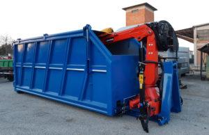 gru Marchesi montata su container con spazzole