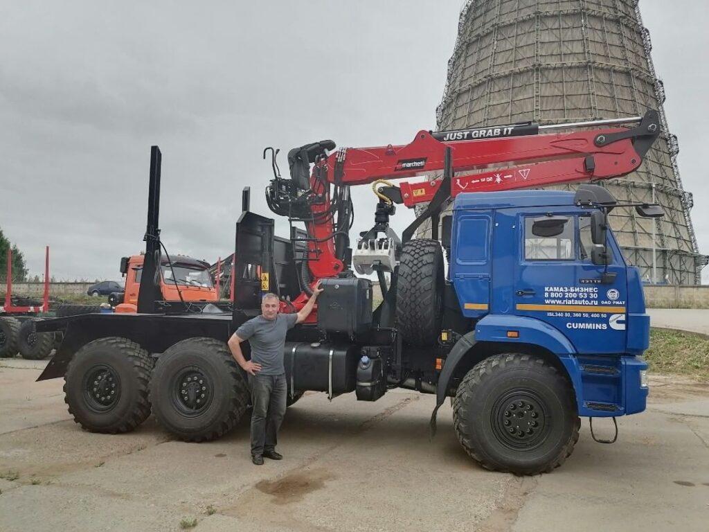 truckmountedcrane-marchesigru-logloader