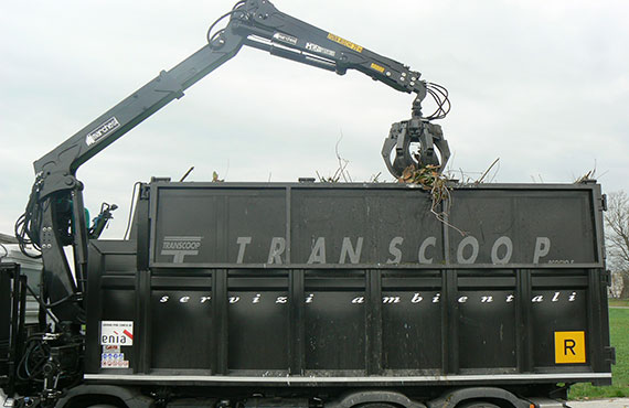 foldable-crane-for-handling-waste-and-scrap-materials-f-series