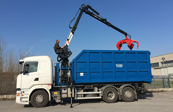 crane-for-scrap-metal-collection-r-series