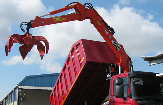 not-foldable-recycling-crane-with-polyp-grab-r-series