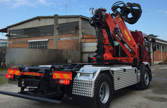 truck-mounted-foldable-crane-rt-series