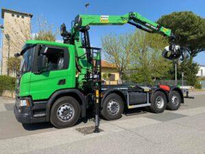 marchesigru-truckmountedcrane-scraploader