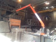 stationary-crane-for-recycling