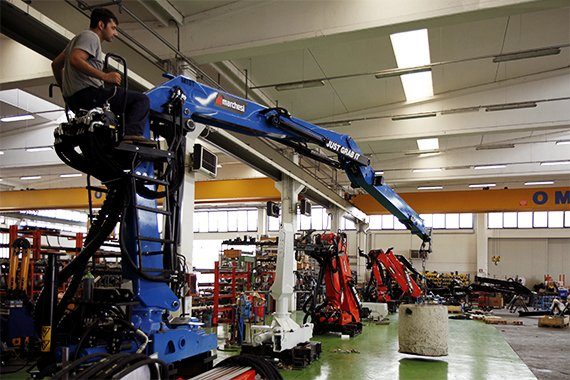 testing-of-a-marchesi-truck-mounted-crane