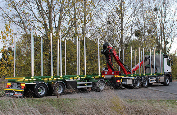foldable-forestry-crane-t-series