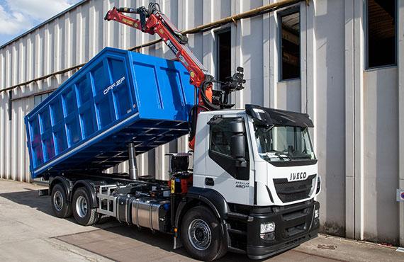 truck-loader-for-handling-waste-materials-r-series