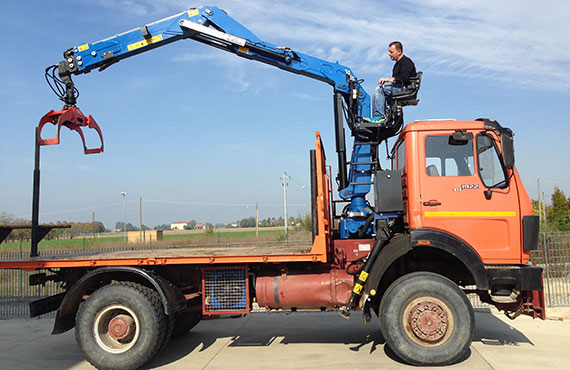 lorry-mounted-crane-for-recycling-industry-z-series